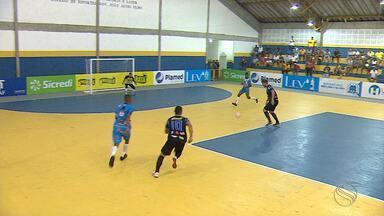 Itaporanga derrota Indiaroba e mantém os 100% de aproveitamento no grupo A - Foca foi um dos destaques do time com dois golaços.