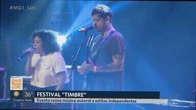 Começa Festival Timbre em Uberlândia com música autoral e estilos independentes - Veja como foi o primeiro dia do evento e confira a programação deste sábado.
