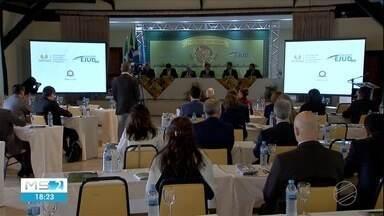 Encontro de juízes discute proteção ao meio ambiente - Esta é a primeira vez que Mato Grosso do Sul sedia este encontro nacional de magistrados. A escolha de Bonito foi justamente porque a cidade é considerada a capital do ecoturismo.