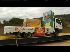 Cidade de Ipanema produz o maior queijo minas do Brasil - Doce de leite gigante também foi produzido na cidade.