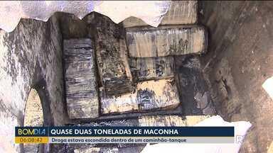 Bombeiros, Polícia Federal e Exército fazem retirada de maconha em caminhão-tanque - Quase duas toneladas da droga estavam misturadas em óleo vegetal.