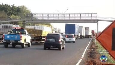 Veja como está o trânsito na Rodovia BR-153 - Veja como está o trânsito na Rodovia BR-153 em São José do Rio Preto (SP) na manhã desta terça-feira (17).