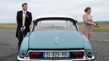 Sra. e Sr. Trowbridge - Na França, Will e Frankie precisam fingir que são um casal para se infiltrar em um casamento e capturar um assassino.