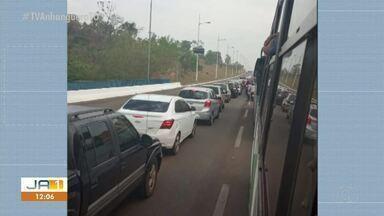 Dois acidentes são registrados na avenida Teotõnio Segurado, em Palmas - Dois acidentes são registrados na avenida Teotõnio Segurado, em Palmas