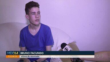Um ano do atentado em escola de Medianeira - Policiais que entraram na escola no dia do ataque foram homenageados.