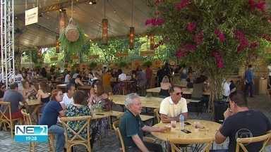 Feira gastronômica na Zona Sul do Recife reúne 25 chefs - Evento também inclui shows e brechó solidário.