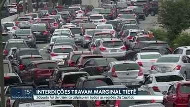 Interdições travam Marginal Tietê - Sábado foi de trânsito atípico em todas as regiões da Capital.