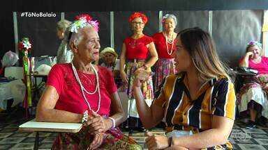 Conheça o grupo Senhoras do Cerrado - A Ana Clara Paim, em homenagem ao Dia do Idoso, conheceu um grupo goiano de teatro, o Senhoras do Cerrado. Muitas das atrizes possuem mais de 90 anos e levam a leveza da arte por meio de espetáculos teatrais. A Aninha ouviu histórias de vida, de superação e as dificuldades encontradas no dia a dia.