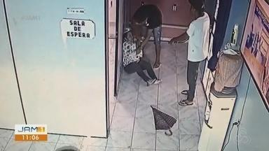 Operação em Manaus prende suspeitos de participação em assaltos - Quatros pessoas foram presas e dois adolescentes apreendidos.