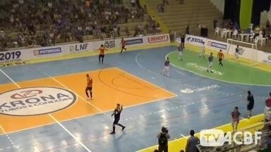 ACBF vence o Joaçaca e sai em vantagem na Liga Nacional - Equipe precisa de um empate na partida de volta para chegar às quartas.