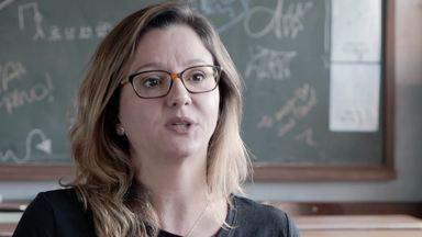 Carla Faour e Julia Spadaccini, autoras de 'Segunda Chamada', falam sobre a trama da série - Nova série da Globo estreia dia 8 de outubro