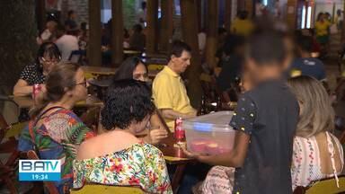 Bahia concentra 10% do total de crianças e adolescentes que trabalham de forma irregular - Em Salvador, muitas crianças pode ser vistas trabalhando e sem frequentar a escola.