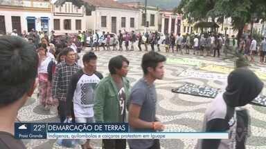 Lideranças comunitárias realizam protesto para a demarcação de terras - Ato contou com a participação de indígenas, quilombolas e caiçaras em Iguape.