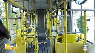 Conheça os ônibus elétricos em teste no Grande Recife - Veículos não são ligados a cabos suspensos, como eram os antigos.