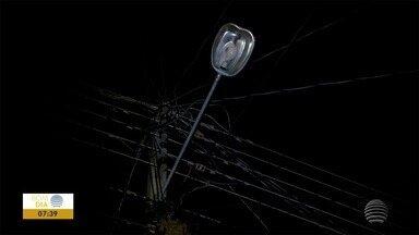 Lâmpadas queimadas em vias públicas incomodam moradores no Parque Imperial - Situação sobre iluminação já discutida em audiência.