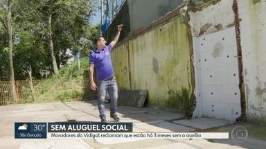 Moradores da Rocinha e Vidigal afetados pelas chuvas estão sem aluguel social - Moradores do antigo condomínio Jambalaia, no Vidigal, que foi demolido no ano passado, e também da Rocinha reclamaram que não estão recebendo aluguel social da prefeitura.