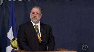 Augusto Aras toma posse na Procuradoria-Geral da República - Aras foi empossado na semana passada, no Palácio do Planalto, porém a PGR organizou uma solenidade nesta quarta.