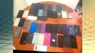 Três pessoas foram presas suspeitas de chefiar uma quadrilha que furtava celulares - Na primeira semana do Rock in Rio eles levaram pelo menos 100 aparelhos por dia. A quadrilha agia em grandes eventos e também em aeroportos.