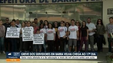 Servidores de Barra Velha chegam ao 17º dia de greve - Servidores de Barra Velha chegam ao 17º dia de greve
