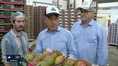 Governador de Roraima visita fazendas de fruticultura no Vale do São Francisco - Ele pretende levar o modelo agrícola da região para melhorar as potencialidades econômicas do Estado