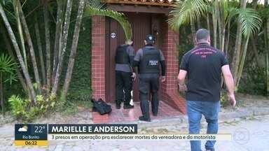 Policia prende três pessoas acusadas de atrapalhar investigações do caso Marielle - A Polícia Civil prendeu na manhã desta quinta (3)Elaine Lessa, o empresário Márcio Montavano e Josinaldo. Acusados de interferir nas investigações das mortes de Marielle Franco e Anderson Gomes.