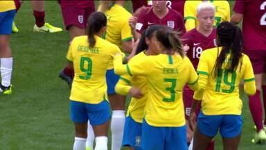 Brasil bate a Inglaterra por 2 a 1, em amistoso de futebol feminino - Brasil bate a Inglaterra por 2 a 1, em amistoso de futebol feminino