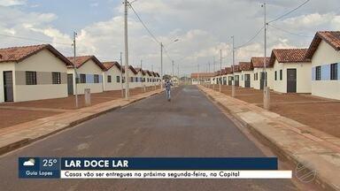 Várias famílias vão receber as chaves de suas residências no condomínio Rui Pimentel - Elas vão realizar o sonho da moradia própria.