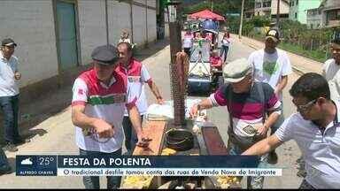 Tradicional desfile da Festa da Polenta toma conta das ruas de Venda Nova do imigrante, ES - O desfile acontece ao melhor estilo italiano.