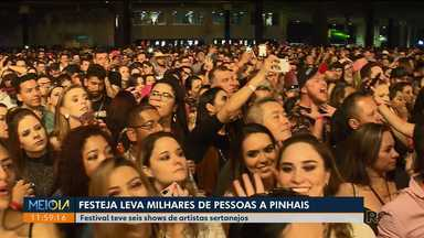 Festeja reúne milhares de fãs em Curitiba - Festival teve seis shows de artistas sertanejos.