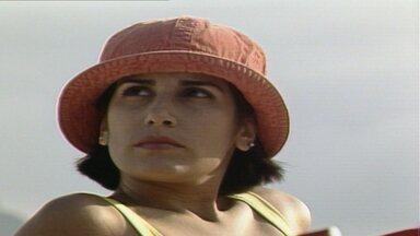 Capítulo de 30/05/1988 - Raquel encontra Fátima na praia e as duas não se falam. Fátima dá dinheiro para César e pede para ele não a procurar mais. Ivan se declara para Raquel.