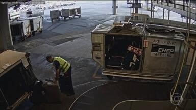 Quadrilha desviava do sistema de fiscalização malas cheias de cocaína - O Jornal Nacional mostra imagens exclusivas da ação de uma quadrilha de traficantes de drogas no Aeroporto de Confins. A forma como eles agiam incriminava turistas inocentes.
