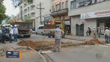 Avenida Francisco Salles é interditada para obras em Poços de Caldas, MG - Avenida Francisco Salles é interditada para obras em Poços de Caldas, MG