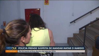 Polícia prende mulher suspeita de mandar matar marido - Crime foi em 2016, em Fazenda Rio Grande.