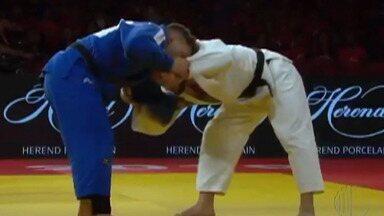 Judoca mogiana Willian Lima fatura medalha de bronze no Grand Slam em Brasília - Formado no Centro Esportivo do Socorro, o Willian Lima, que hoje é atleta do Pinheiros, passou pelo russo Abdula Abdulzhalilove na disputa pelo bronze.