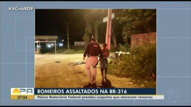 Agentes da Polícia Rodoviária prendem homens que roubavam fiés que caminham pela BR - Os fiéis caminham rumo a capital.