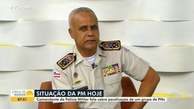 Comandante da PM comenta paralisação de grupo e garante que efetivo está normal - O coronel Anselmo Brandão afirma que o policiamento ostensivo em Salvador e no interior do estado estão garantidos.