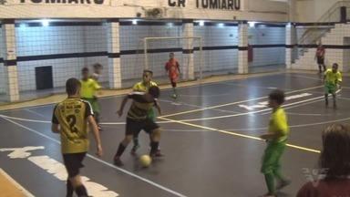"""Confira como foram dois jogos das categorias sub-12 e 13 da Copa Expresso """"RVD"""" - A competição é organizada pela Liga Regional de Futsal."""