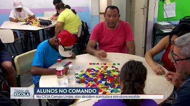 Diário de Escola: alunos do EJA decidem sobre currículo e conteúdo na Zona Sul de SP - Cieja Campo Limpo tem projeto traçado pela ex-diretora há 20 anos.