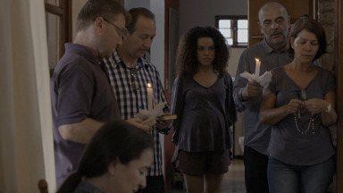 Episódio 5 - A gravidez de Jessica fica delicada, então Bruna oferece sua antiga casa para ela descansar por uns dias.