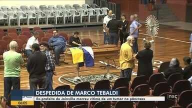 Políticos e amigos se despedem de Marco Tebaldi, ex-prefeito de Joinville - Políticos e amigos se despedem de Marco Tebaldi, ex-prefeito de Joinville