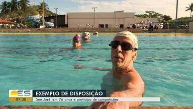 Seu José tem 76 anos e compete em vários campeonatos de natação - Ele é um exemplo de disposição.