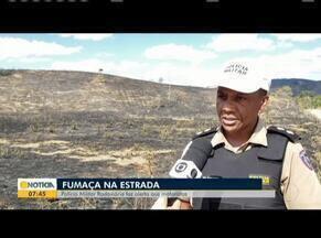 Polícia Militar Rodoviária faz alerta aos motoristas de Teófilo Otoni - Devido as queimadas na região, a fumaça atrapalha a visibilidade dos motoristas.