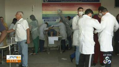 Vítimas de explosão de gás chegam no Hospital Geral de Roraima - Três explosões foram registradas dentro de uma empresa que comercializa gases oxigênio e acetileno na zona Sul de Boa Vista.