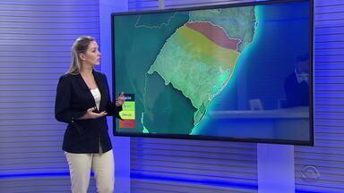 Sexta-feira pode ter sol e aumento das temperaturas na maioria do RS - Chuva segue na metade Norte do estado. Serra e Noroeste têm risco de granizo.