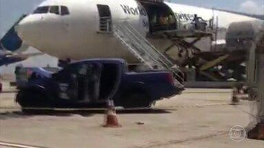 Três criminosos morrem e cinco ficam feridos num assalto no aeroporto de Viracopos - Eles assaltaram um carro forte. Segundo a polícia, todo o dinheiro foi recuperado.
