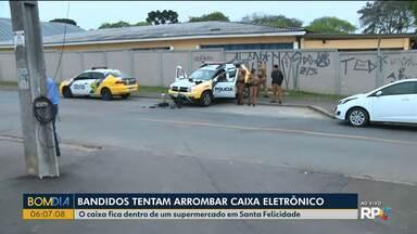 Bandidos tentam arrombar caixa eletrônico em Curitiba - Polícia conseguiu prender quatro pessoas.