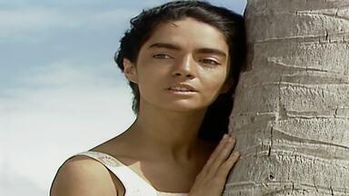 Capítulo de 14/08/1989 - Ascânio chega em Santana do Agreste. Amintas, Osnar e Timóteo contam para ele o que aconteceu com Tieta: como ela se iniciou no amor, a surra que levou do pai e como ela foi embora.