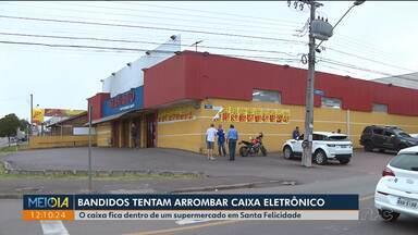 Bandidos tentam arrombar caixa eletrônico em supermercado - Foi no bairro Santa Felicidade. Quatro pessoas foram presas.