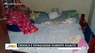 Preso suspeito de esfaquear menina de 6 anos enquanto assaltava casa, em Rio Verde - Segundo Polícia Civil, ele confessou roubo informalmente, mas não falou sobre o ferimento que causou à criança. População comemorou a prisão dele após perseguição de 2 horas.