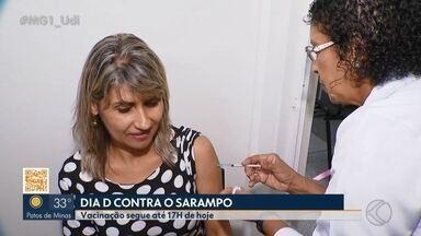 'Dia D' de vacinação contra sarampo é realizado no Triângulo Mineiro - Neste sábado (19), campanha movimenta as unidades de saúde das principais cidades da região. Segunda maior cidade de Minas, Uberlândia registra dez casos confirmados da doença em 2019 e intensifica ações de prevenção.